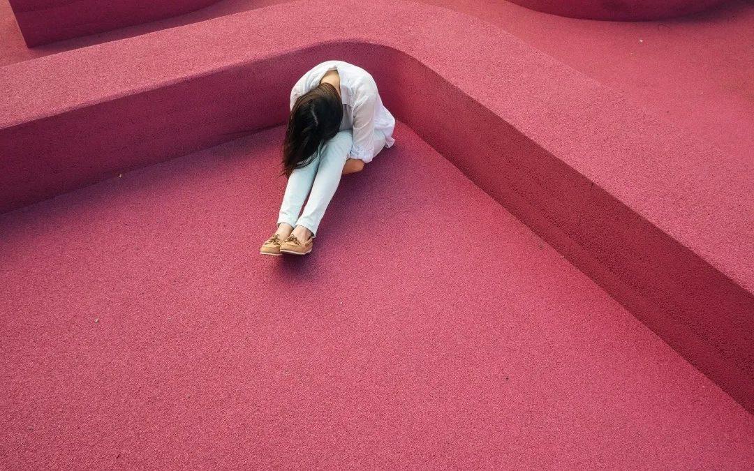 被情绪困住怎么办?VET:驾驭情绪的利器